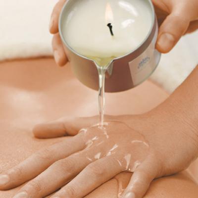 masaż-gorącą-świecą